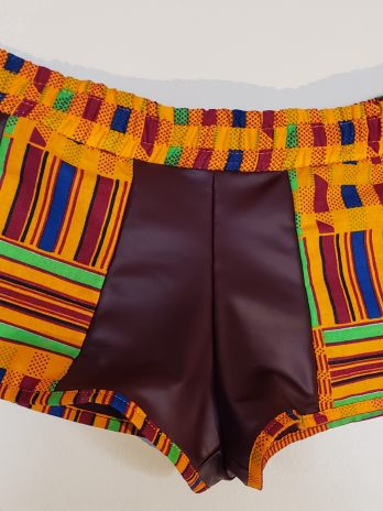 Striped-Trim Pum Pum Shorts